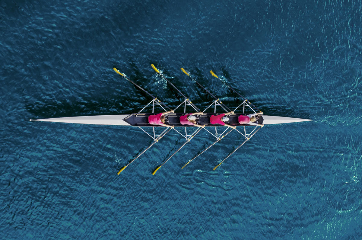 Build an effective team, like rowing